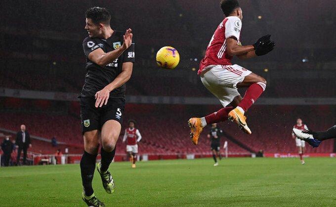 """Tragedija od Arsenala, """"Lisice"""" na korak od vrha!"""