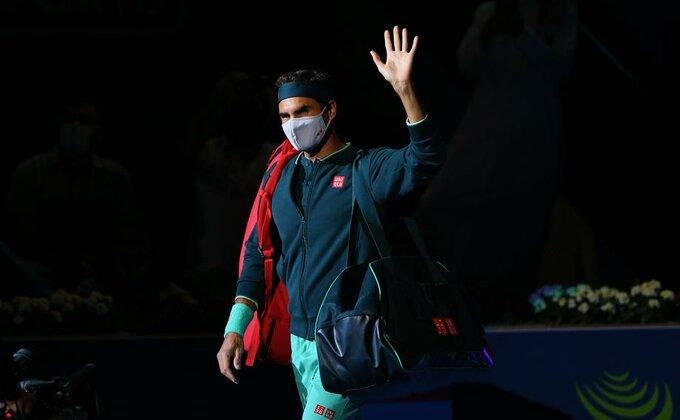Federer na ivici, još jedan u nizu bi mogao da ga pretekne sutra!