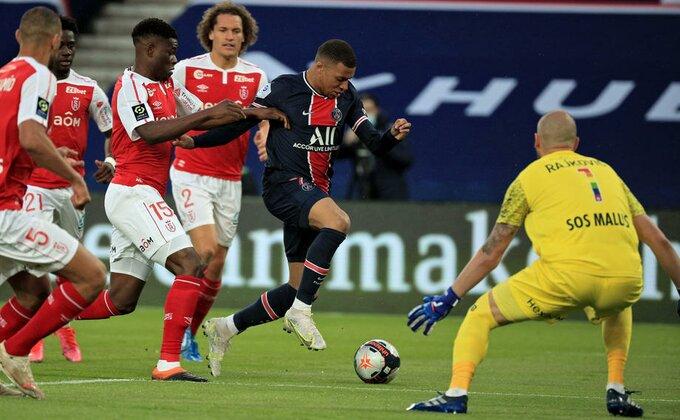Komplikuje se, Sent Etjen igrao za velikog neprijatelja, i u Francuskoj odlučuje poslednje kolo!