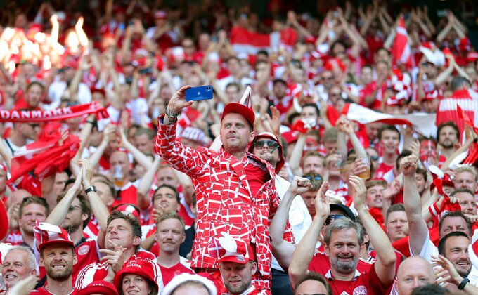 Korona među navijačima na Evropskom prvenstvu