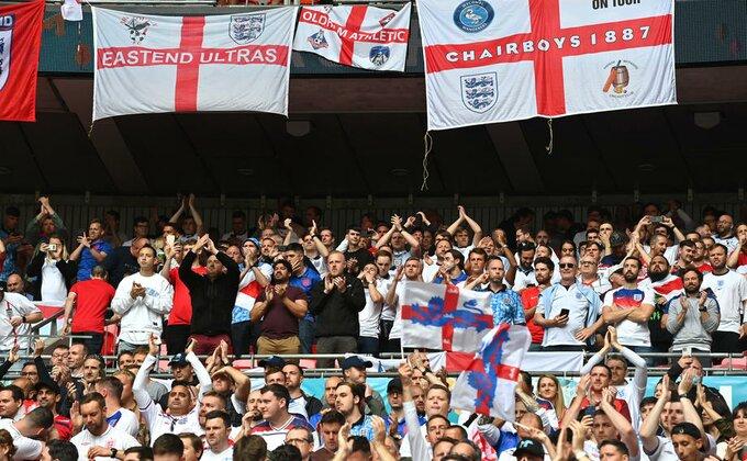 Engleska kažnjena utakmicom bez publike