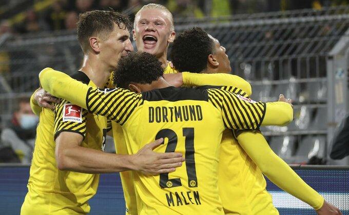 Dortmund spustio rampu, poslednji put ovog leta