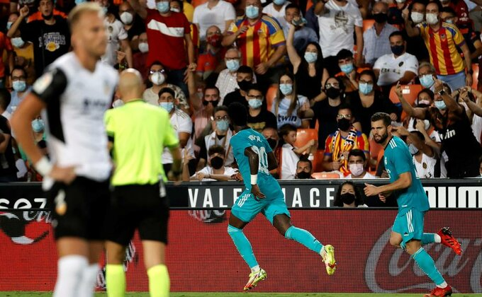 Realovo veče u Valensiji, dva minuta za preokret i prvo mesto