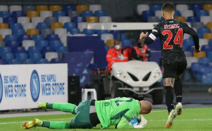 Sjajni Vanja odbranio penal, ali Torino pao u Napulju