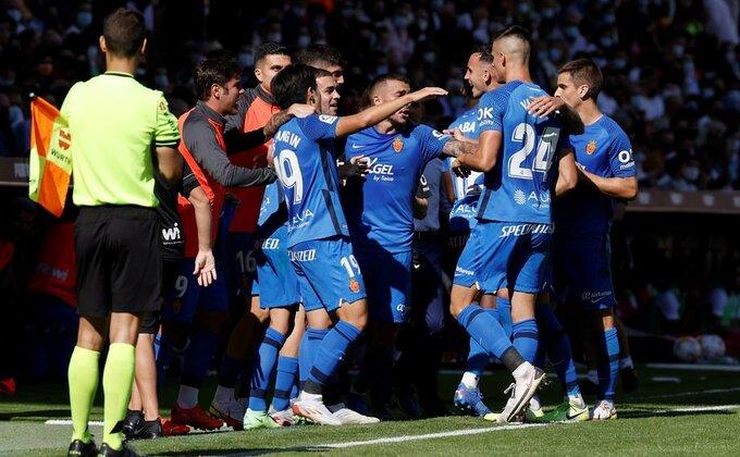 Valensija u nadoknadi do boda, Majorka ispustila dva gola