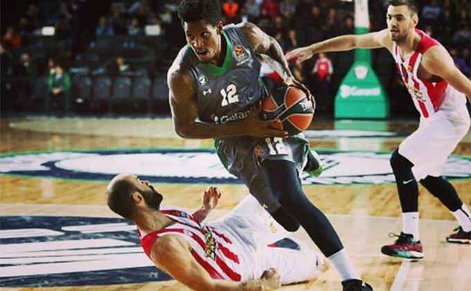 NBA zakucavanje koje je rešilo okršaj u Istanbulu!