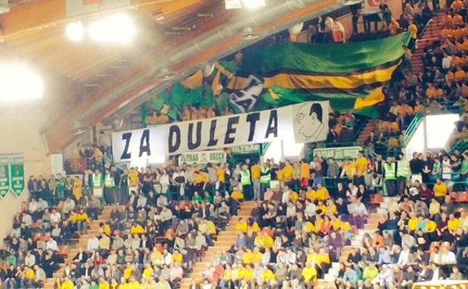 """Nastavlja se Dulemanija - Transparent podrške """"Za Duleta""""!"""