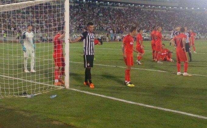 Uplašeni Partizan u istanbulskom ''grotlu'', Liga Evrope sve dalje, navijači ljuti na odbranu (TVITOVI)