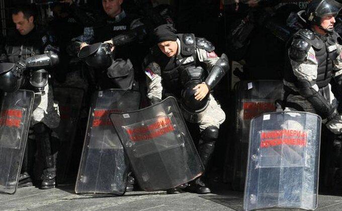 """Ovako su se """"Grobari"""" sukobili sa policijom!"""