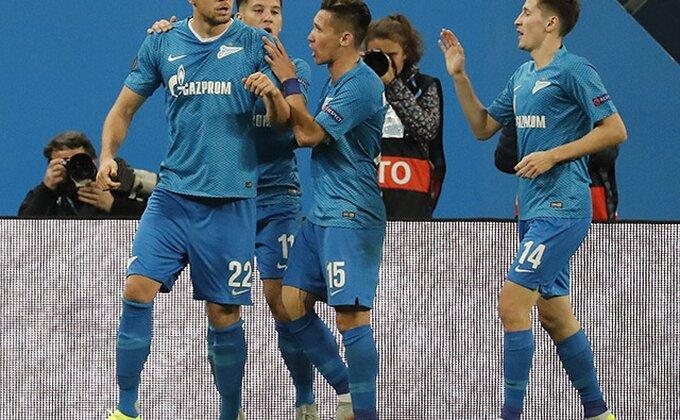 PL Rusije - Zenit brojao do šest, Dzjuba nosi loptu kući