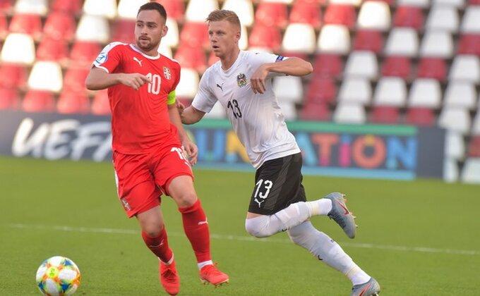 Sada i definitivno, Živković odlazi iz Benfike!