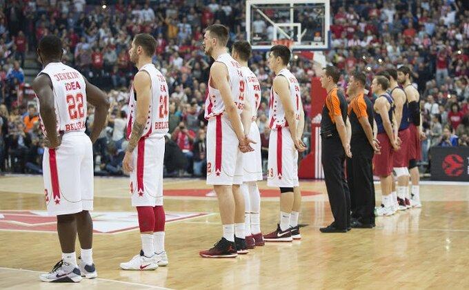"""Sa Stefom Karijem je delio svlačionicu, ali večeras kaže: """"KKCZ #NBAVote"""""""